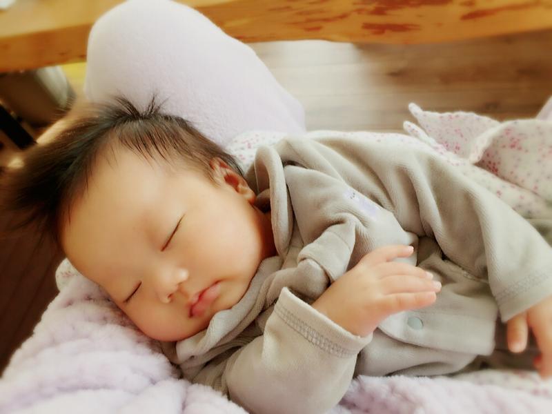 夜泣きしない習慣をつける!赤ちゃんがぐっすり寝る方法を看護師が伝授