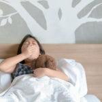 赤ちゃんや子どもに必要な睡眠時間は?睡眠不足の危険性を医師が解説